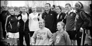 exact-carousel-soccer-girls-4